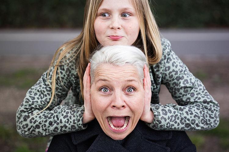 Signe Lindkvist med sin datter