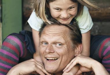 Sigurd Barret med sin datter